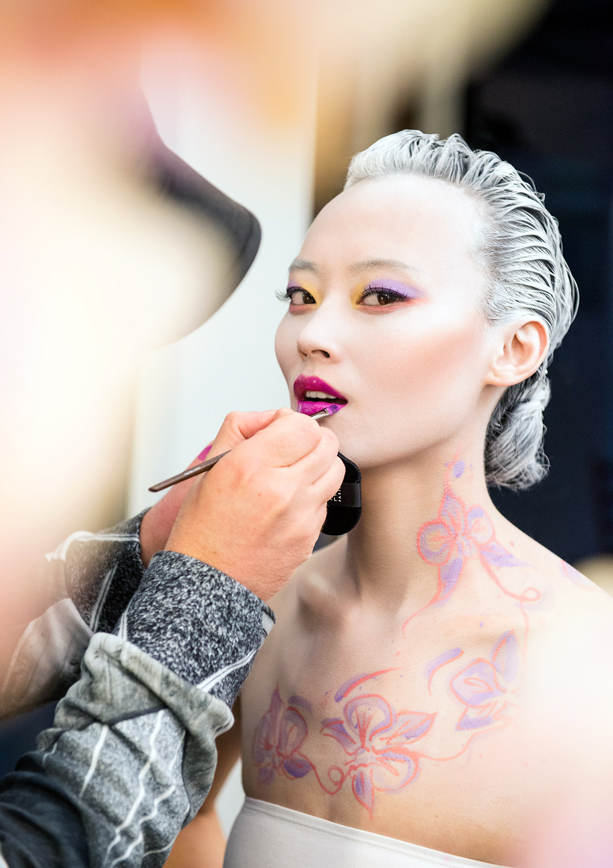 BAckstage Spring 2016 model ; LI XIAOXING photo : RANKIN backstage : IGNACZAK / MAKE UP FOR EVER